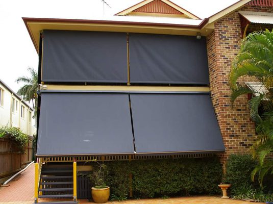 Know about the benefits of outdoor blinds